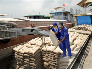 Vietnamese cement exports grow as Chinese production falters
